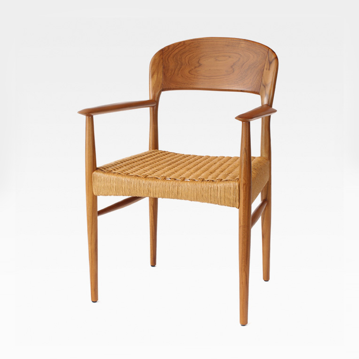 GUW 트롤암 티크목재 의자